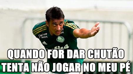 Falha de Rogério Ceni no clássico contra o Palmeiras virou piada nas redes sociais