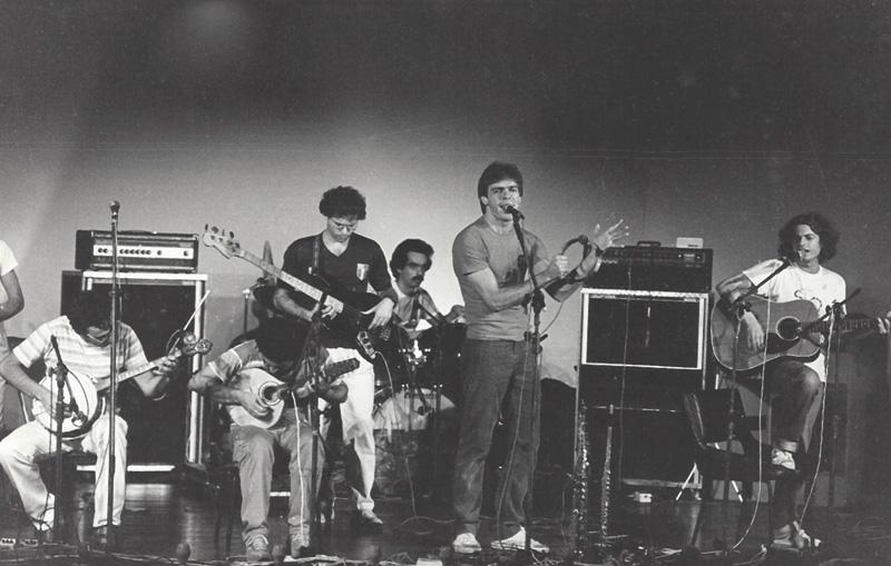 A banda, em foto de 1983: do samba ao rock