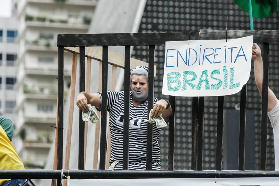 """Endireita, Brasil"""""""