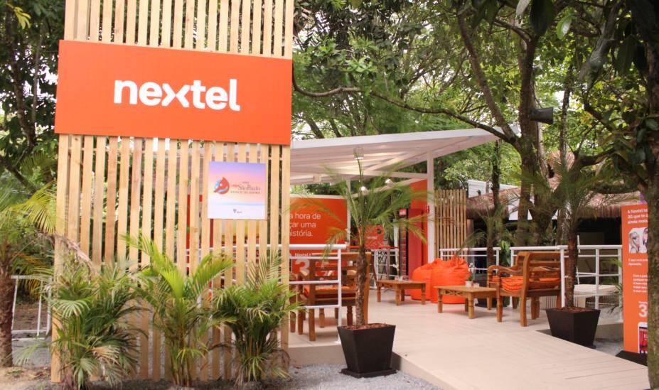 O stand da Nextel no Espaço Veja é ponto de encontro para caminhadas matinais na Riviera