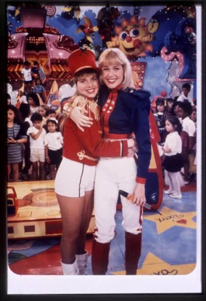 A então paquita Letícia Spiller e Xuxa, no Programa da Xuxa