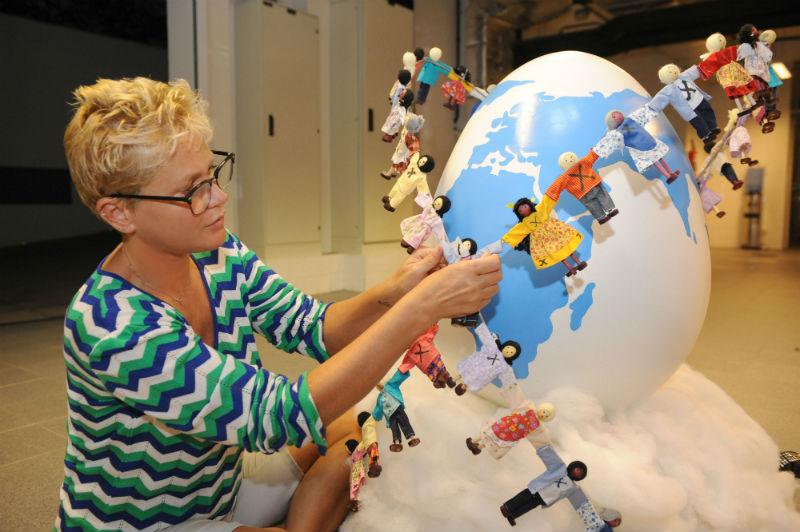 Apresentadora Xuxa foi autora de um dos ovos da exposição Ovo Parade