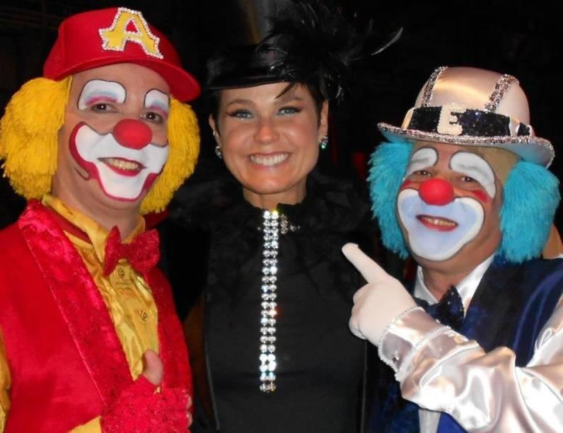 Xuxa com os palhaços Atchim e Espirro, famosos nos anos 90