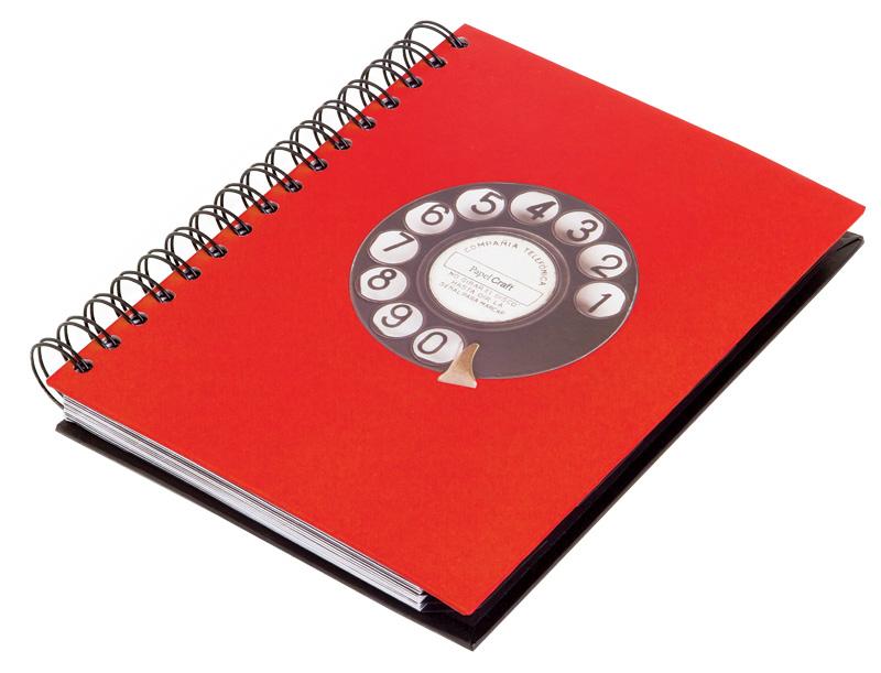 9. Agenda de telefone, da Papel Craft: R$ 85,00