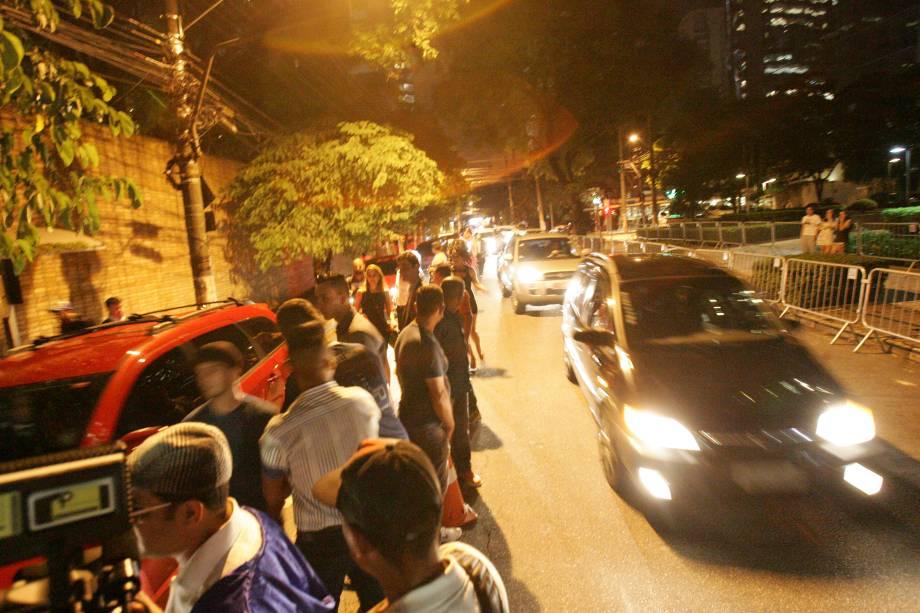 Trânsito na Rua Leopoldo Couto de Magalhães Júnior, no Itaim Bibi, onde ocorreu a festa
