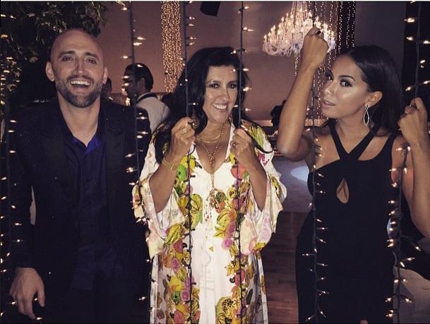 O comediante Paulo Gustavo, Regina Casé e Anitta durante a festa