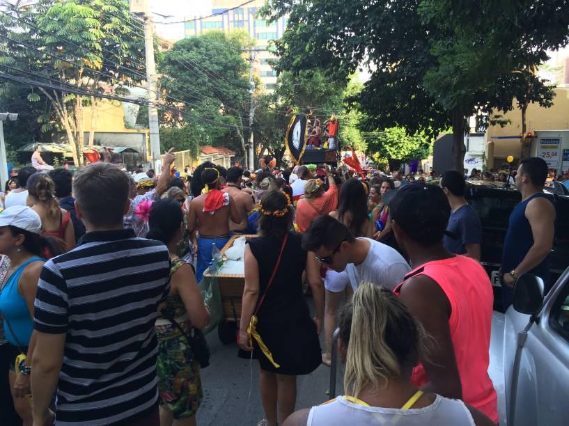Trio Xaveco tocava músicas de carnaval para animar o público