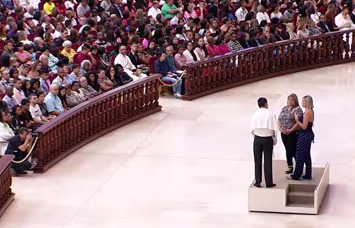 Cerca de 20 000 pessoas assistiram ao depoimento de Urach