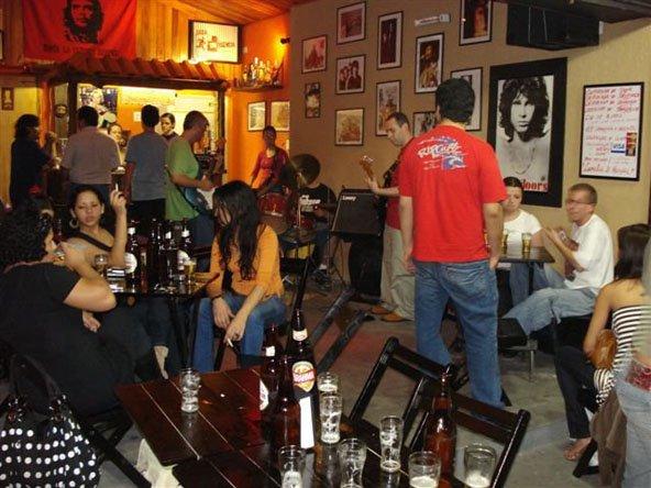 Saída Music Bar