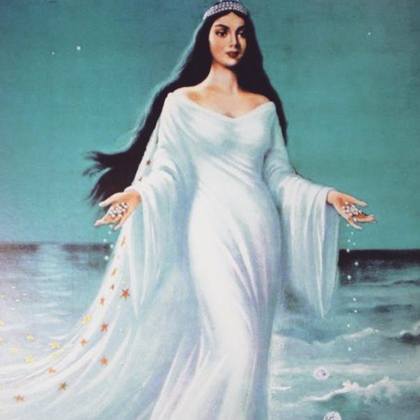 Rita Guedes fez sua homenagem com foto que representa a imagem de Iemanjá