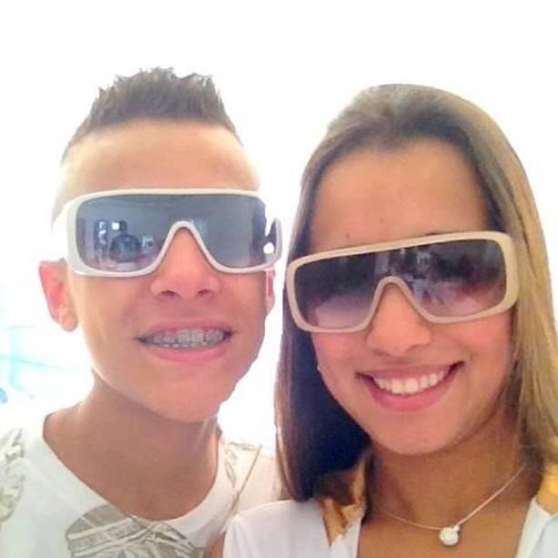 Gustavo e a irmã, Stefani
