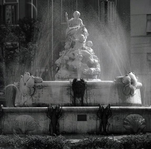 Fonte Nicolina, na Praça Júlio Mesquita, no centro