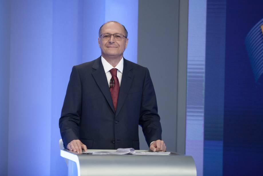 """O racionamento existe. Quando a Agência Nacional de Águas diz que tem de reduzir a vazão do Cantareira, é óbvio que já está em restrição"""" - Geraldo Alckmin, governador de São Paulo, admitindo que moradores de São Paulo passam por racionamento"""
