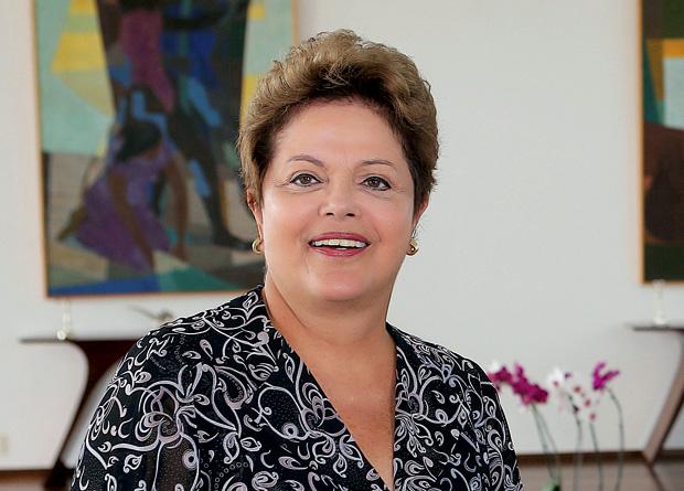 """Lamento profundamente que esse derradeiro pedido não tenha encontrado acolhida por parte do Chefe de Estado da Indonésia"""" - a presidente Dilma Rousseff, através do Twitter, sobre a morte do brasileiro Marco Archer por fuzilamento"""