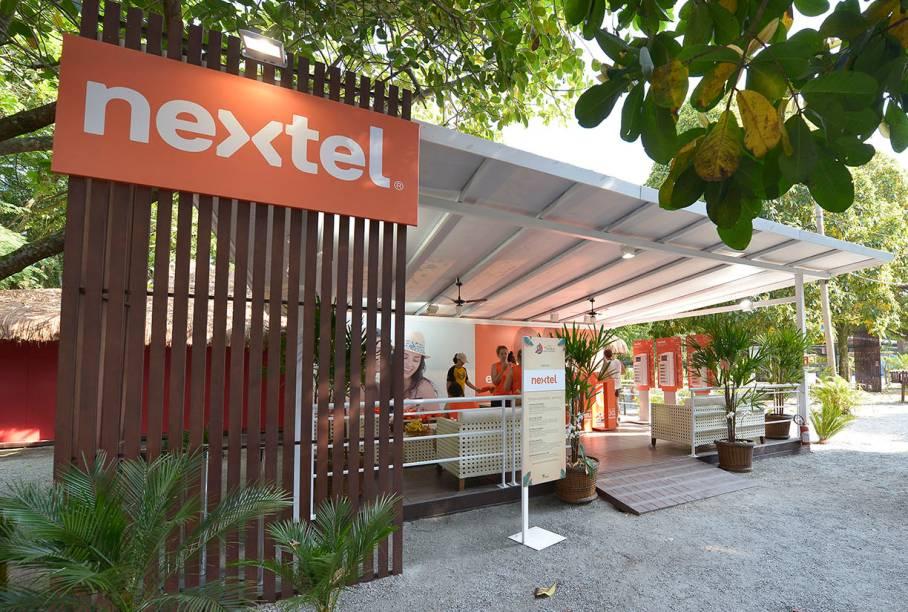 Estande Nextel oferece oficinas gratuitas e carga de bateria de celulares