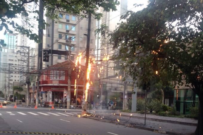 incendio-poste-itaim2.jpeg