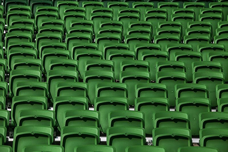 Poltronas: os 43 600 assentos numerados, todos em área coberta, estão em fase final de instalação