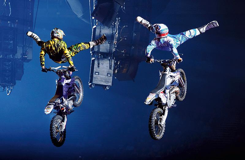 Cena do espetáculo Nitro Circus: o grupo pode trazer as acrobacias radicais para o Allianz Parque no ano que vem
