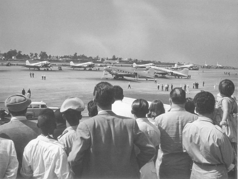 Público no Aeroporto de Congonhas: curiosos lotavam a área apenas para observar os pousos