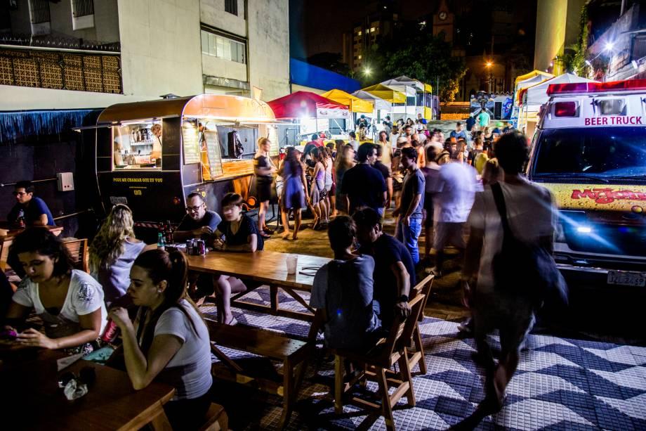 Calçadão Urbanoide recebe food trucks todos os dias