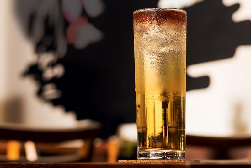 Drinque de shochu e ameixa do Jipangu Izakaya