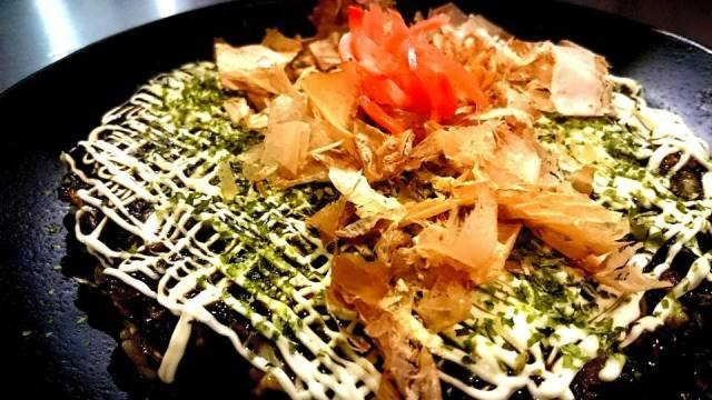 Ikeda Ya: o okonomiyaki, a panqueca japonesa