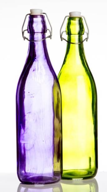 Camicado: garrafa de água lilás ou verde (R$ 14,90 cada)