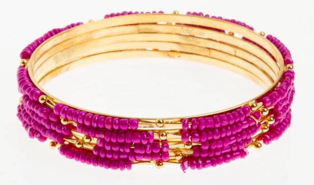 Paris Bijoux: jogo de cinco pulseiras pink (R$ 1,50)