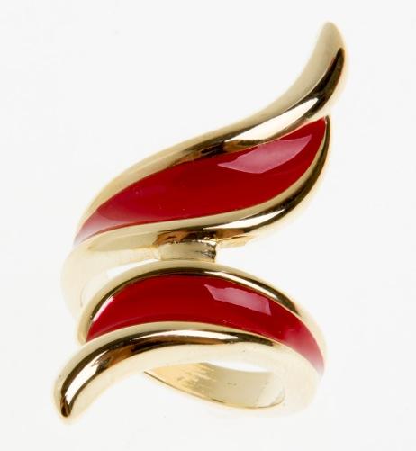 Paris Bijoux: anel dourado e coral (R$ 13,65)