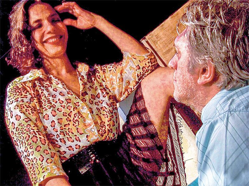 Fernanda D'Umbra e Mário Bortolotto no drama Mulheres: adaptação do livro de Charles Bukowski