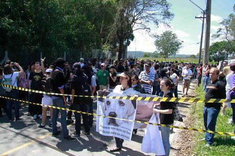 Manifestantes em São Roque