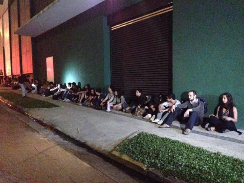 43 detidos pela polícia após final da passeata na Marginal
