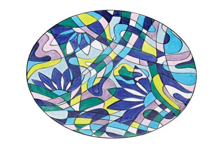 Prato de cerâmica de 38 centímetros, R$ 285,00. Atelier Fê Cerâmica, Rua Alexandre Dumas, 65, Alto da Boa Vista, tel.: 3477-5486.
