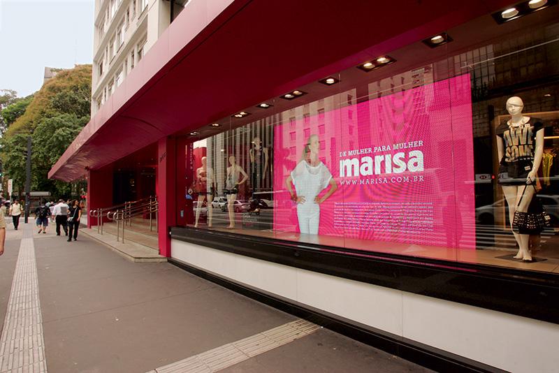 Marisa na Avenida Paulista: dentro da norma