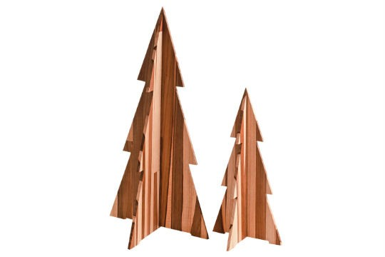 Pinheirinhos de madeira, R$ 44,00 (cada). Teakstore, Rua Amaro Cavalheiro, 176, Pinheiros, tel.: 2609-5015, www.teakstore.com.br.