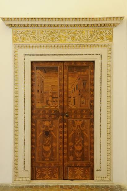 Anônimo: Porta della stanza da letto del Duca che accede alla sala delle udienze, sem data