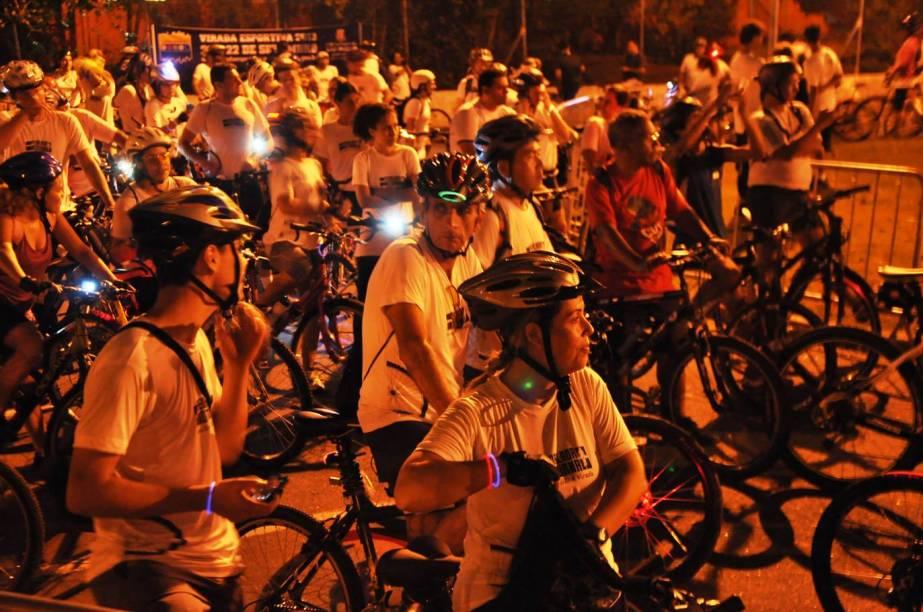 Pedalada no Parque da Bicicleta reúne mais de 1800 pessoas