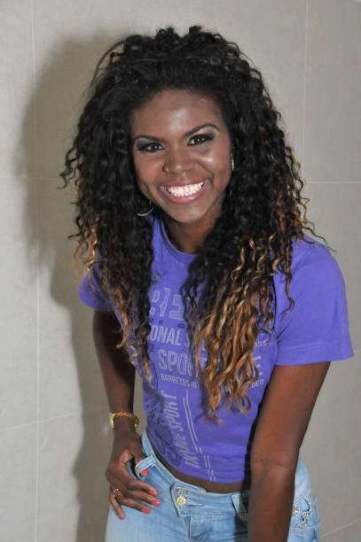 Camila da Rocha Souza: 24 anos, professora de dança
