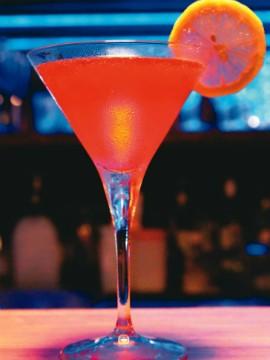 drinque-laje-club-cosmopolitan.jpeg