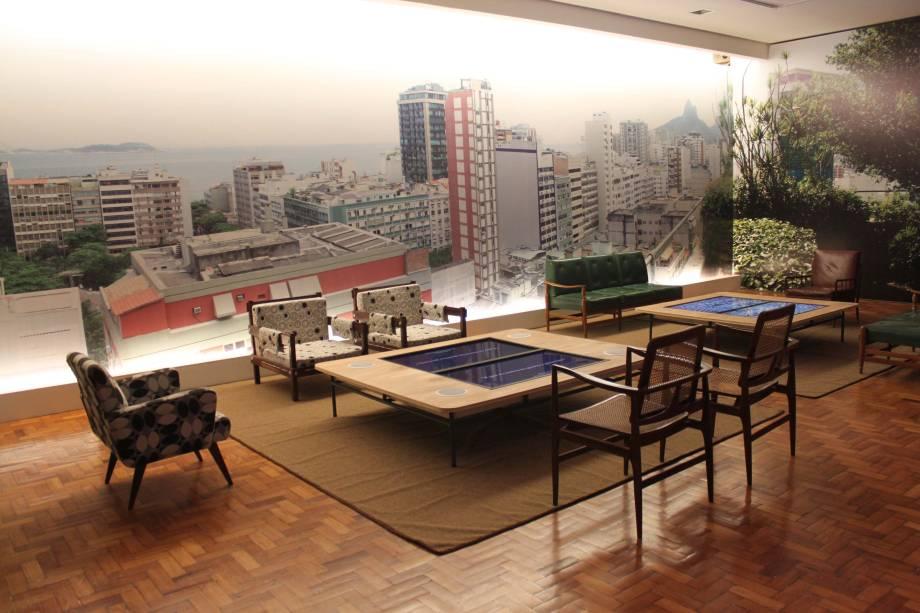 Exposição reproduz famosa cobertura do artista, em Ipanema, palco de reuniões memoráveis com artistas e intelectuais