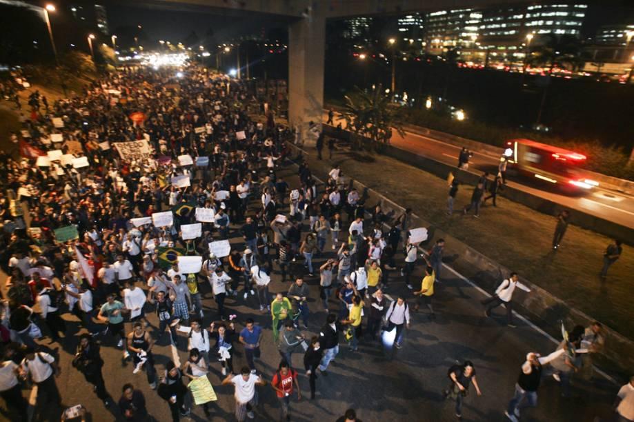Manifestação passou pela Marginal Pinheiros