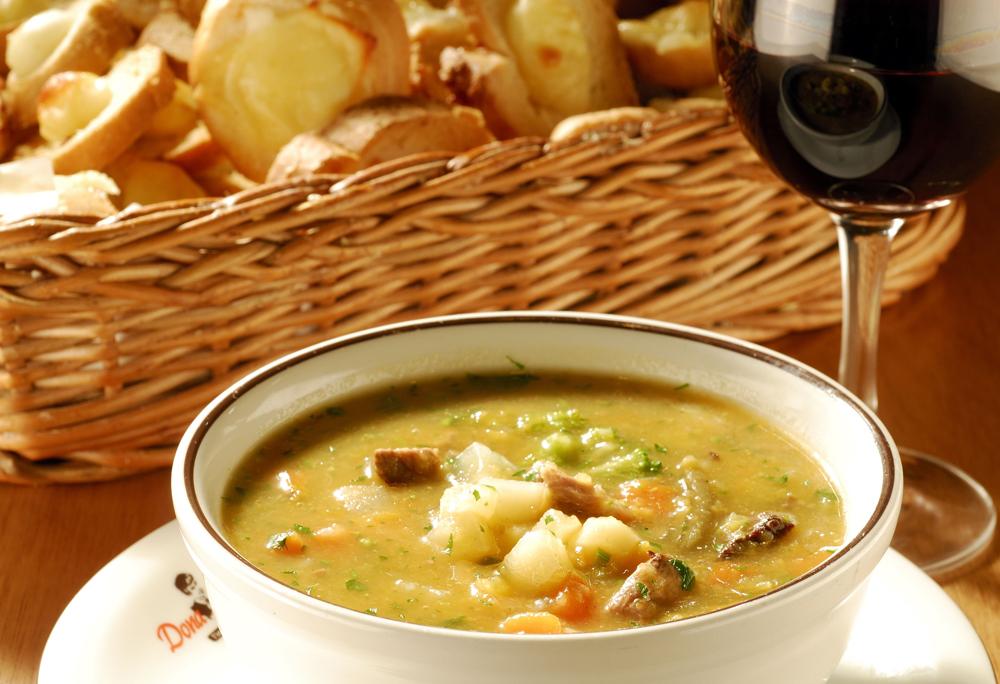 Dona Deôla - bufê de sopa