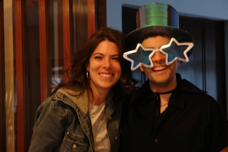 Paula e Eduardo se conheceram em 1995, quando ele se candidatou para tocar em um solo da cantora