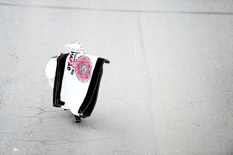 Torcedor comemora com a bandeira do Corinthians