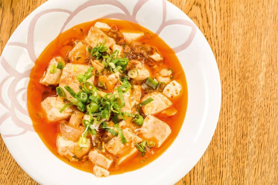 Cozido de tofu e carne moída