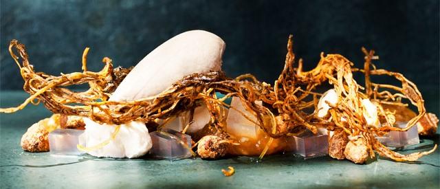 """Da lama ao caos"": berinjela defumada na sobremesa"