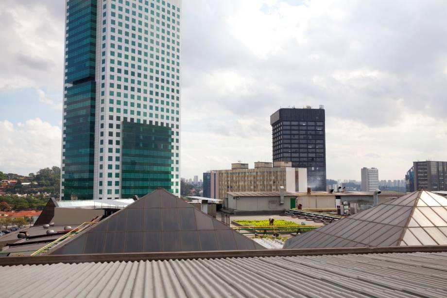 Horta no teto do Shopping Eldorado