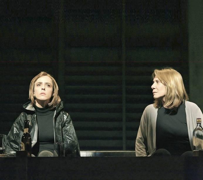 """Sob a batuta de Monique Gardenberg em """"Um Dia, no Verão"""", de Jon Fosse: com Sílvia Buarque de Hollanda (2007)"""