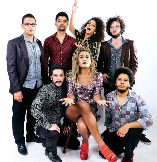 A performática banda As Bahias e a Cozinha Mineira: mistura de MPB, xote e samba