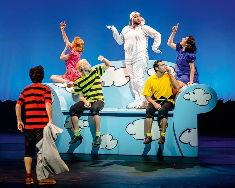 Como no desenho animado: os atores soltam a voz em canções adaptadas em <em>Meu Amigo, Charlie Brown</em>